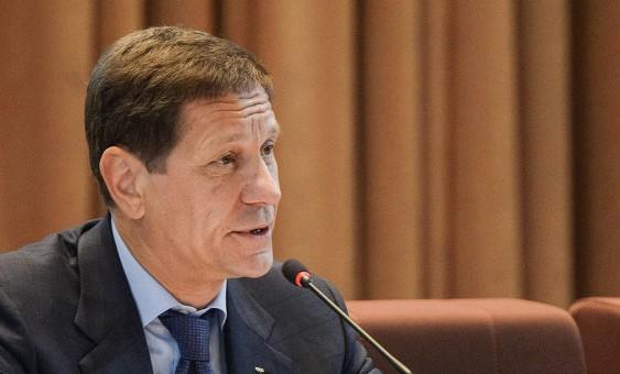 Жуков: помощь регионам из российского бюджета надо увеличивать
