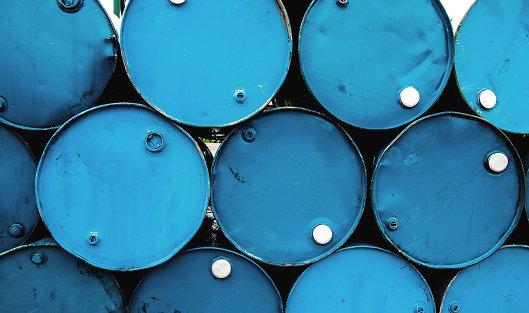 Нефтяников могут обязать в 2016 г продавать в РФ 95% бензина и 52,5% дизтоплива