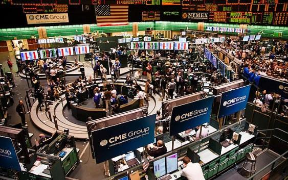 Цены на нефть на NYMEX во вторник упали на пессимизме в отношении избыточного предложения