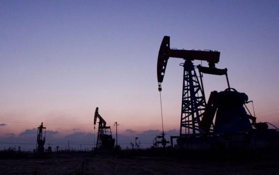 IEA повысила прогнозы по мировому росту спроса на нефть до 5-летнего рекорда 1,77 млн баррелей