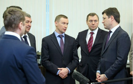 Александр Новак провел производственное совещание в «Ленэнерго»