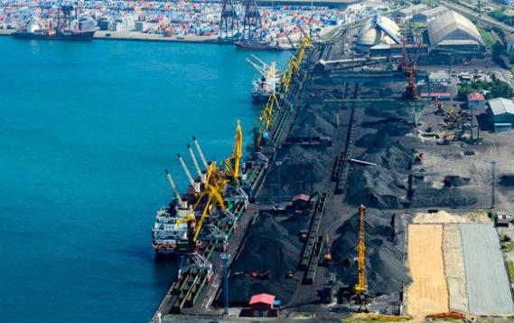 Депутаты готовы смягчить готовящийся запрет на открытую перевалку угля