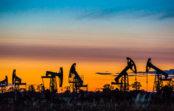 ОПЕК повысила прогноз добычи нефти в России на 40 тыс. баррелей в сутки