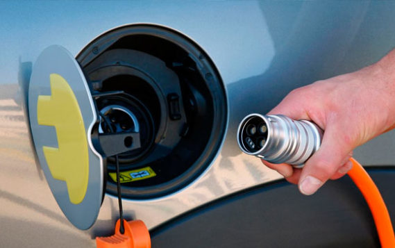 Для зарядки электромобилей миру потребуются триллионы долларов