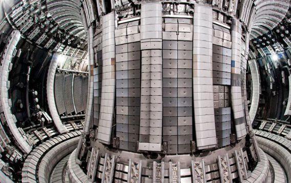 Термоядерный реактор ITER готов на 50%