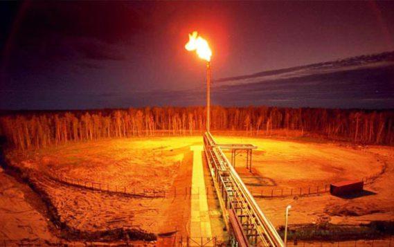 Кабмин утвердил дополнительные коэффициенты к ставкам платы за сжигание ПНГ в Арктике