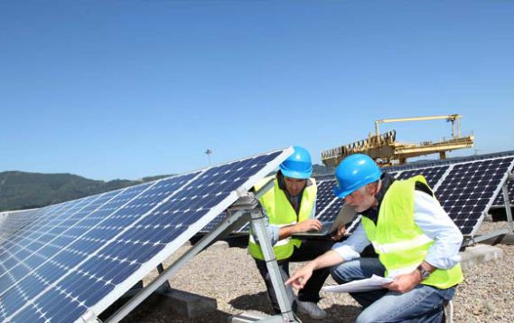 Новак: вопрос включения ВИЭ в программу модернизации энергетики пока не стоит