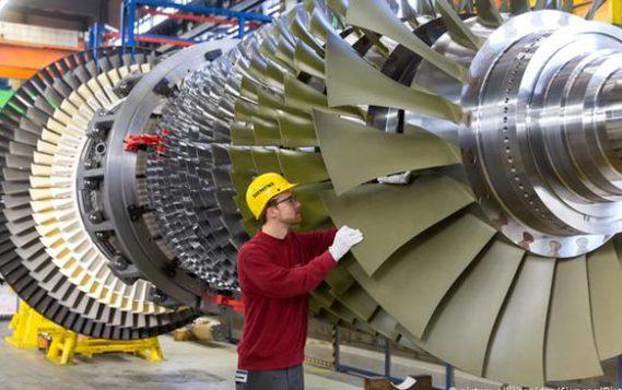 Пока «Газпром» строит газопроводы, Siemens сворачивает выпуск турбин