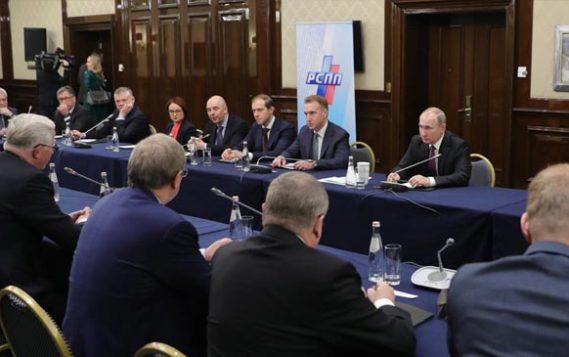 Бизнесмены рассказали подробности закрытой встречи с Путиным