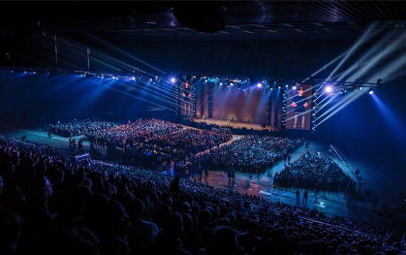 Крупнейшая бизнес-конференция в России собирает 25 000 предпринимателей в Олимпийском