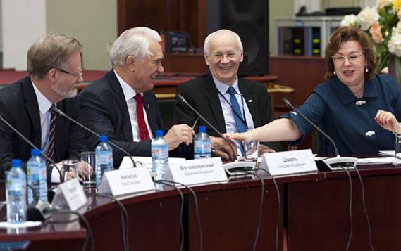 Пленарное заседание Президиума Экспертного совета в Архангельске