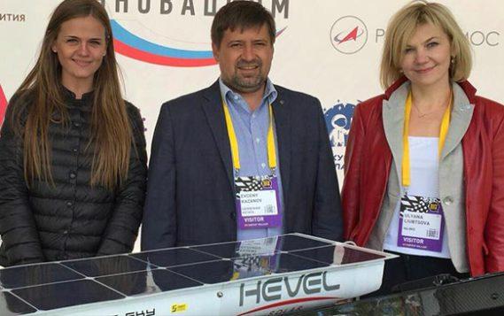 """""""Солнечная регата"""" презентовала свои разработки беспилотников на Startup Village"""