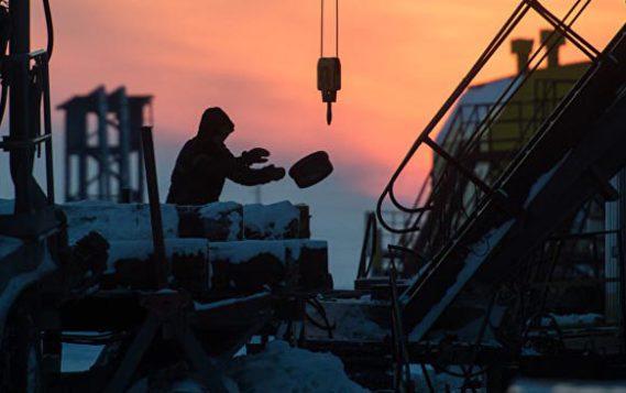 Эксперт рассказал, почему российские нефтяники хотят наращивать добычу