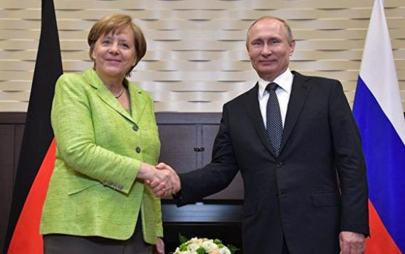 Путин и Меркель могут обсудить сотрудничество в обход санкций США