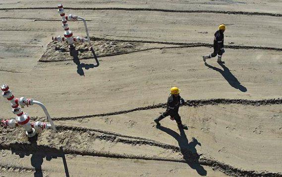 Белый дом обсуждает норматив обязательных поставок нефти на НПЗ