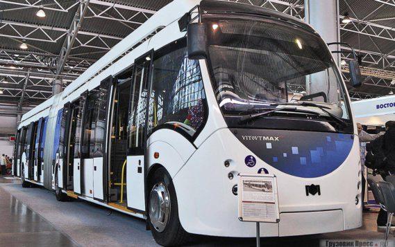 Пассажиры первых столичных электробусов бесплатно получат тематические карты «Тройка»