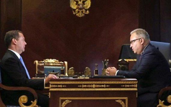 Дмитрий Медведев оценил внедрение новых технологий в энергетические сети