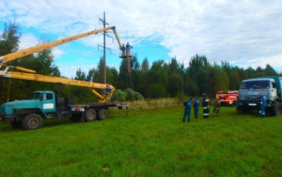 В Смоленской энергосистеме прошли учения по ликвидации аварии в условиях низких температур наружного воздуха