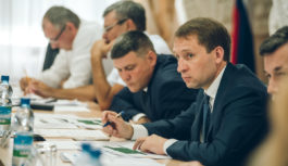 Александр Козлов пригласил сенаторов к активному сотрудничеству в рамках законотворческой деятельности