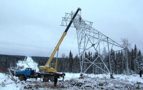 Комиэнерго строит и модернизирует сети уличного освещения в селе Усть-Кулом Республики Коми