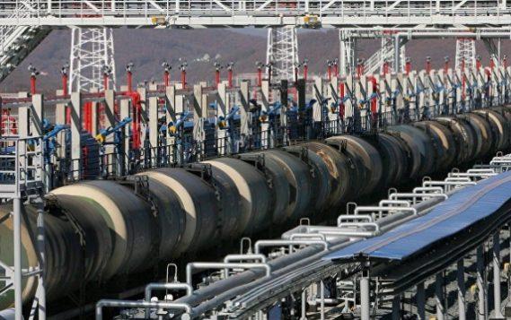 Пошлина на экспорт нефти из России повысится на $7,5