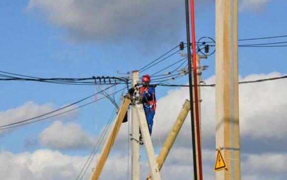 Ленэнерго полностью восстановило электроснабжение после шторма