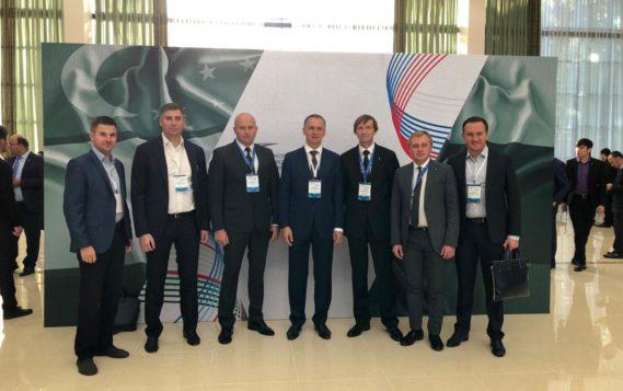 В Ташкенте стартовал Первый Форум межрегионального сотрудничества между Россией и Узбекистаном с участием глав государств
