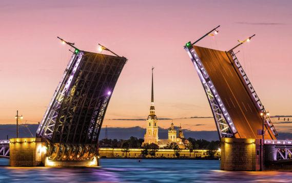 Петербург второй год подряд стал самым энергоэффективным регионом