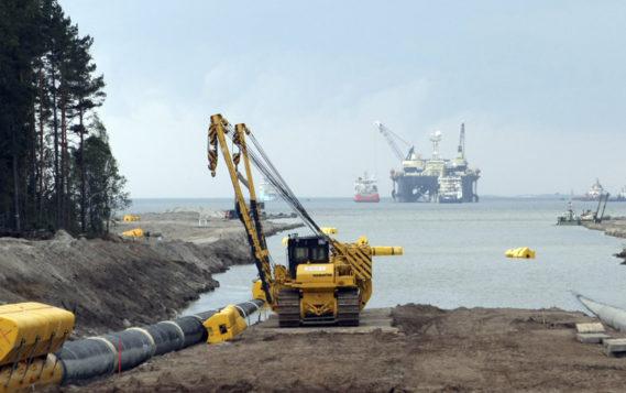 В Финляндии судном «Pioneering Spirit» начата укладка «Северного потока-2»