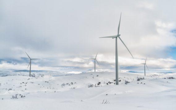 В Арктике власти Якутии снизят потребление дизтоплива, внедряя ВИЭ