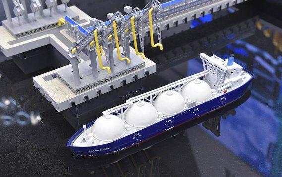 «Сименс» поставит оборудование для трех линий завода «Арктик СПГ 2»