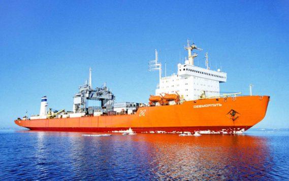 Атомный контейнеровоз «Севморпуть» вышел в первый рейс с грузом для проекта «Арктик СПГ-2»