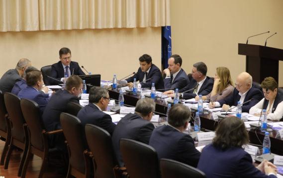 Александр Новак: «РЭН стала крупнейшей международной площадкой для обсуждения актуальных энергетических вопросов»