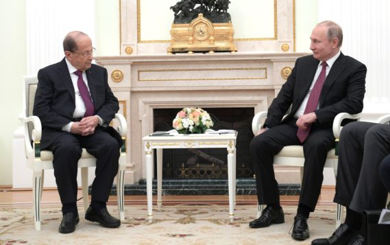 Путин провел встречу с президентом Ливана