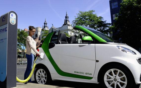Франция и Германия будут производить электромобильные аккумуляторы