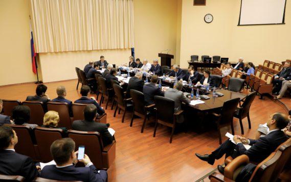 Александр Новак провел заседание Комиссии по созданию и вводу в эксплуатацию ГИС ТЭК
