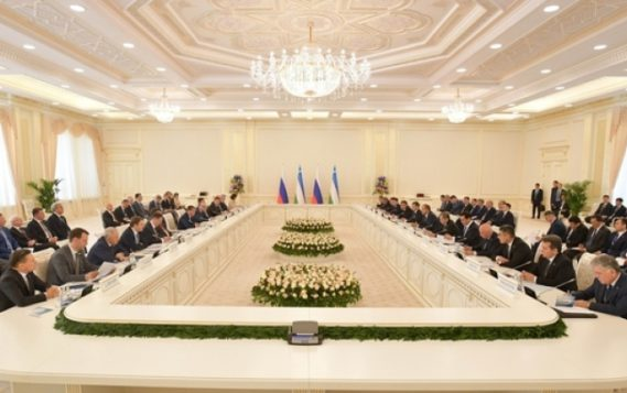 """Александр Новак: """"Узбекистан является одним из ключевых регионов деятельности для российских компаний ТЭК"""""""