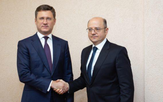 Состоялась встреча Александра Новака с Министром энергетики Республики Азербайджан Парвизом Oгтау Шахбазовым