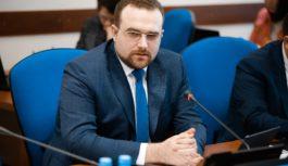 Айсен Николаев и Александр Крутиков обсудили реализацию государственной политики по развитию Арктики