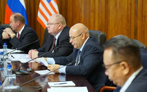 Россия и США обсуждают дальневосточное сотрудничество в Хабаровске