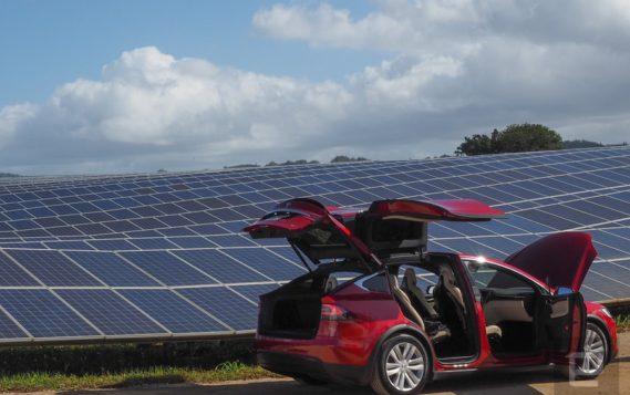 Tesla выйдет со своей солнечной кровлей на рынки Европы и Китая