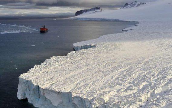 Президент расширил льготы для нефтегазовых проектов в Арктике и на шельфе