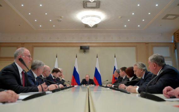Александр Новак принял участие в совещании Президента РФ Владимира Путина по наиболее актуальным международным проблемам