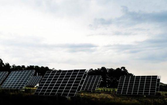 Новые солнечные панели эффективнее на 27% и почти не изнашиваются