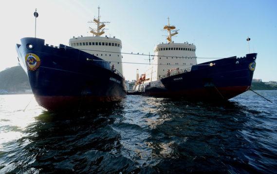 В правительстве обсудили расширение границ Севморпути за счет пяти морей