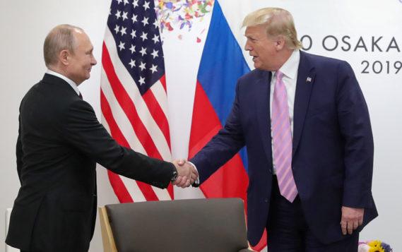 Путин и Трамп обсудили ситуацию на мировом рынке нефти