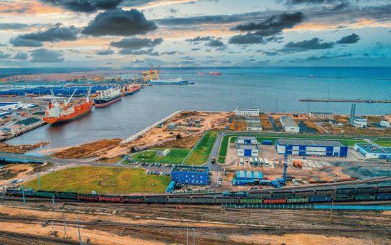 Минэнерго России продолжает мониторинг качества нефти в порту Усть-Луга