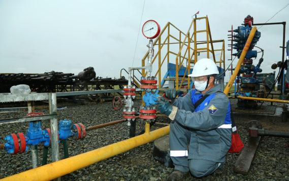 На Оренбургском нефтегазоконденсатном месторождении продолжается эксперимент по механизированному способу добычи газа