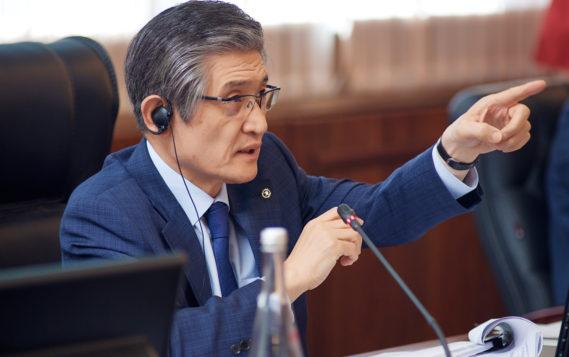 Рае Квон Чунг: Углеродная нейтральность – одно из главных условий развития мировой экономики