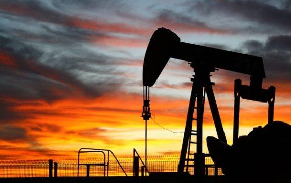Настроения на рынке нефти выглядят неоднозначно